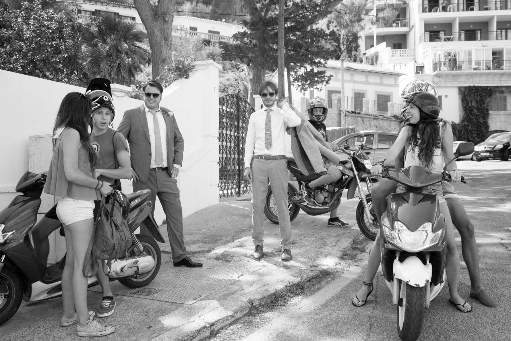 """With the scooters"" by Mallorca wedding photographer in Port de Soller"