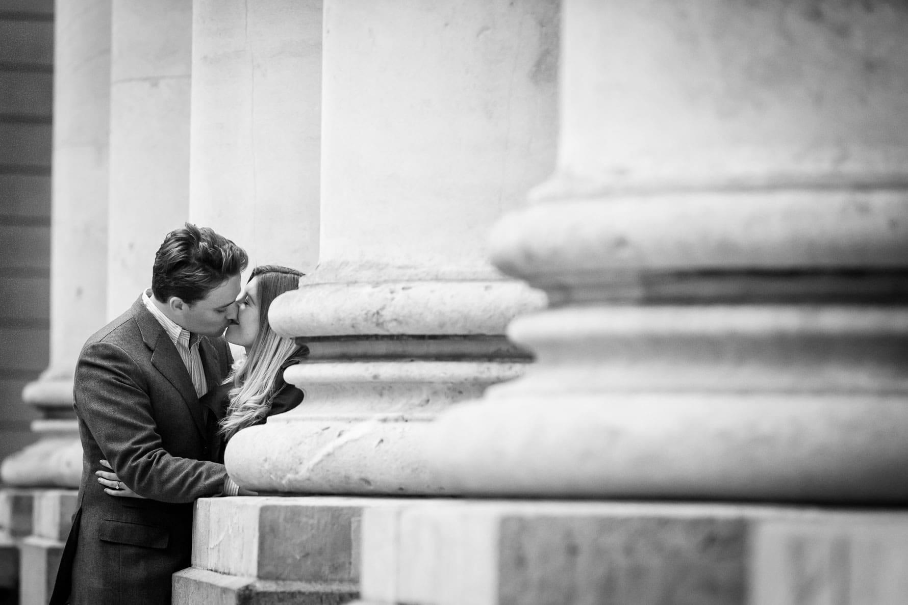 Kissing outside The Royal Exchange in London