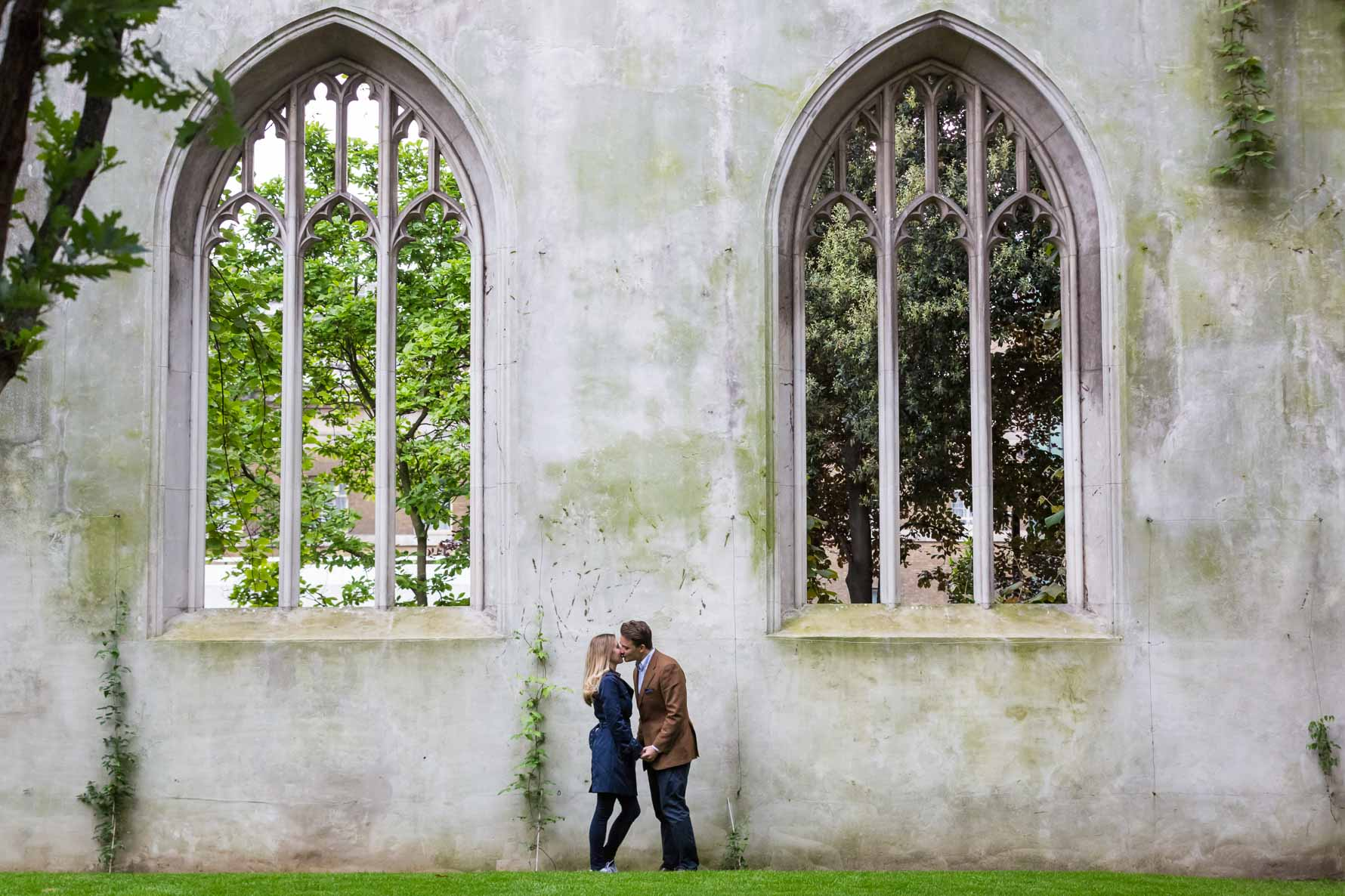 Engagement photoshoot in St Dunstan-in-the-East