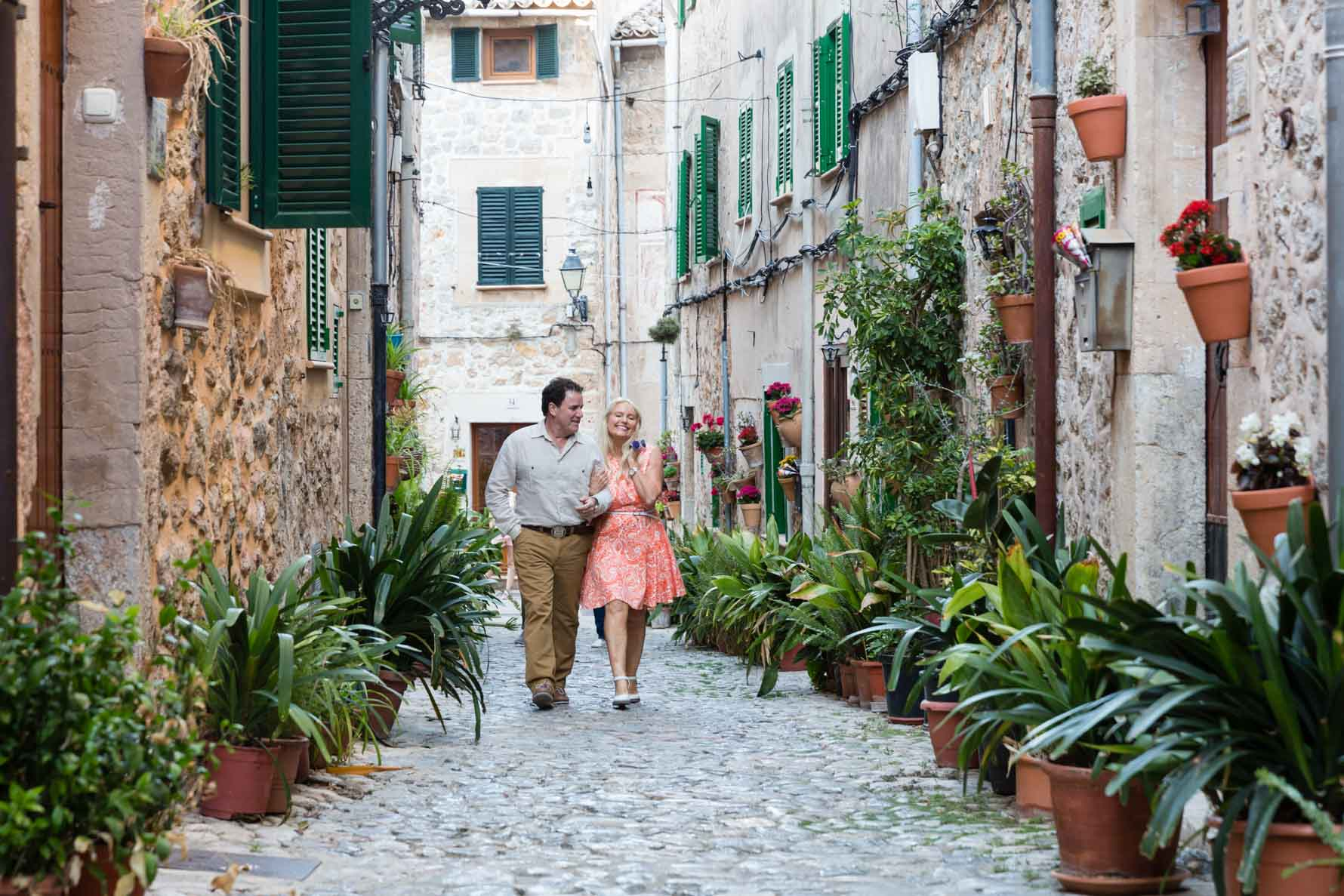 Mallorca engagement photoshoot in Valldemossa