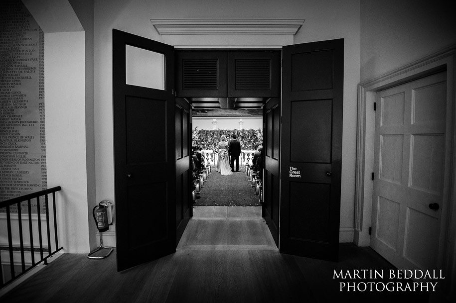 Wedding ceremony in the great room at the RSA in London
