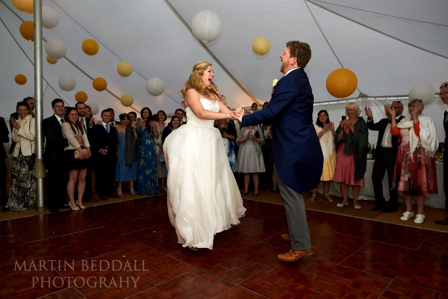 First dance bounce at Hatch House wedding