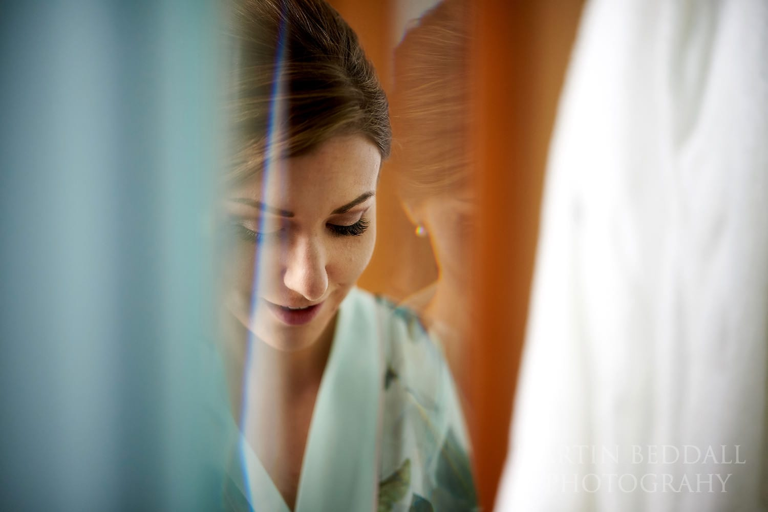 London wedding bride getting ready