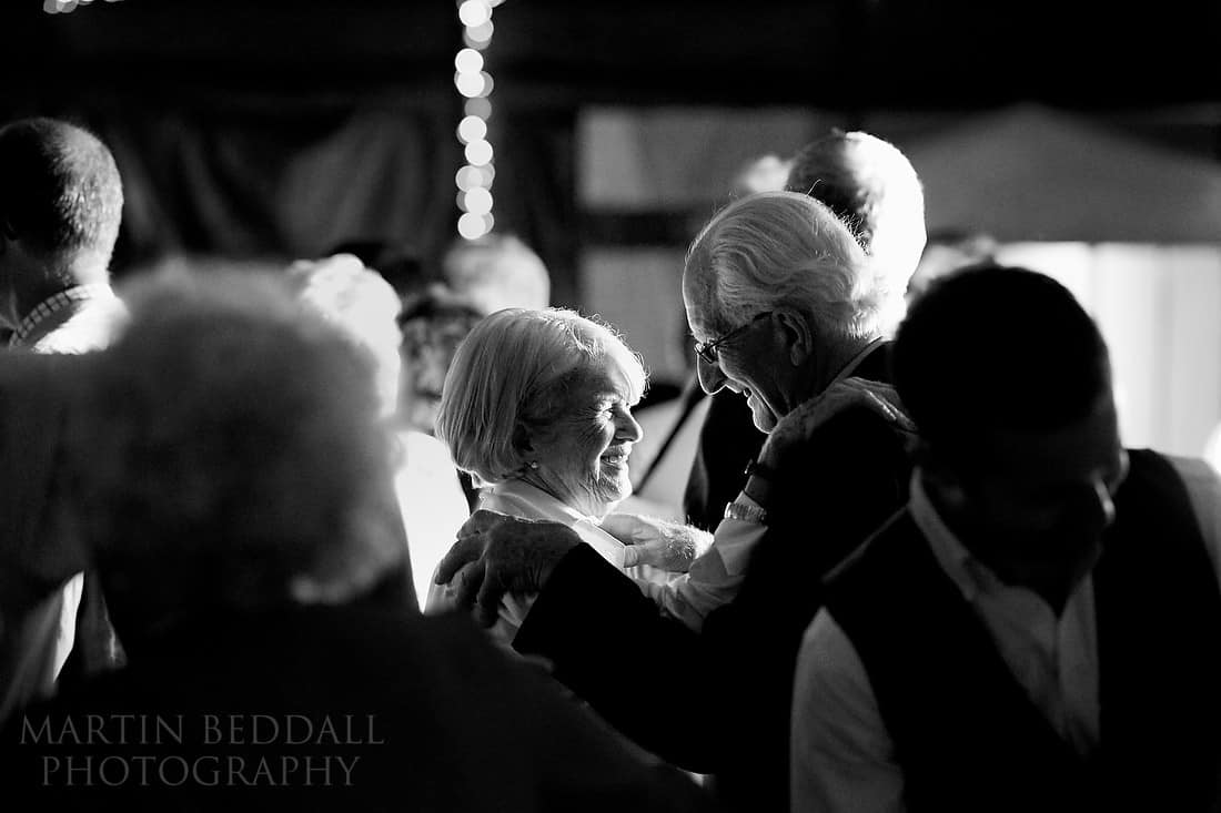Sussex reportage wedding photography with the Nikon 105mm f1.4 AFS