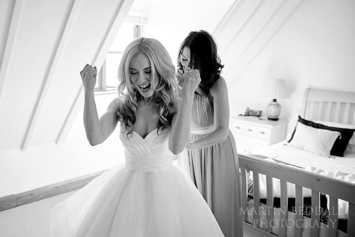Bride getting ready at Coltsfoot Country Retreat