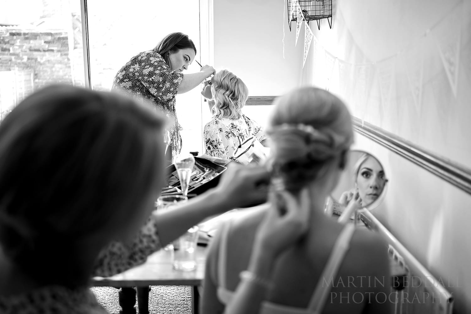 Bridal prep with the Zeiss Batis 40mm CF lens