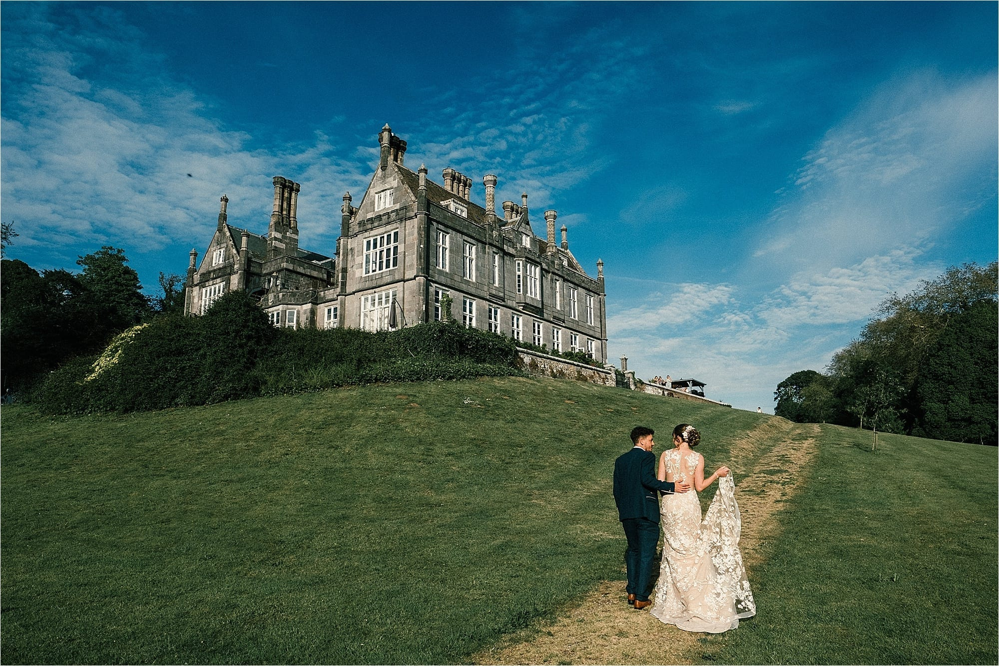 Outdoor Country wedding at Kitley